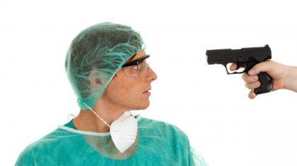 Россия: чем обернется ширящаяся борьба с врачебными преступлениями?